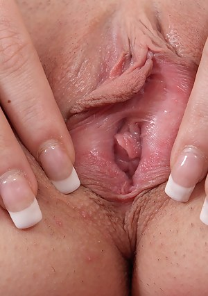 Free Nails Porn Pictures